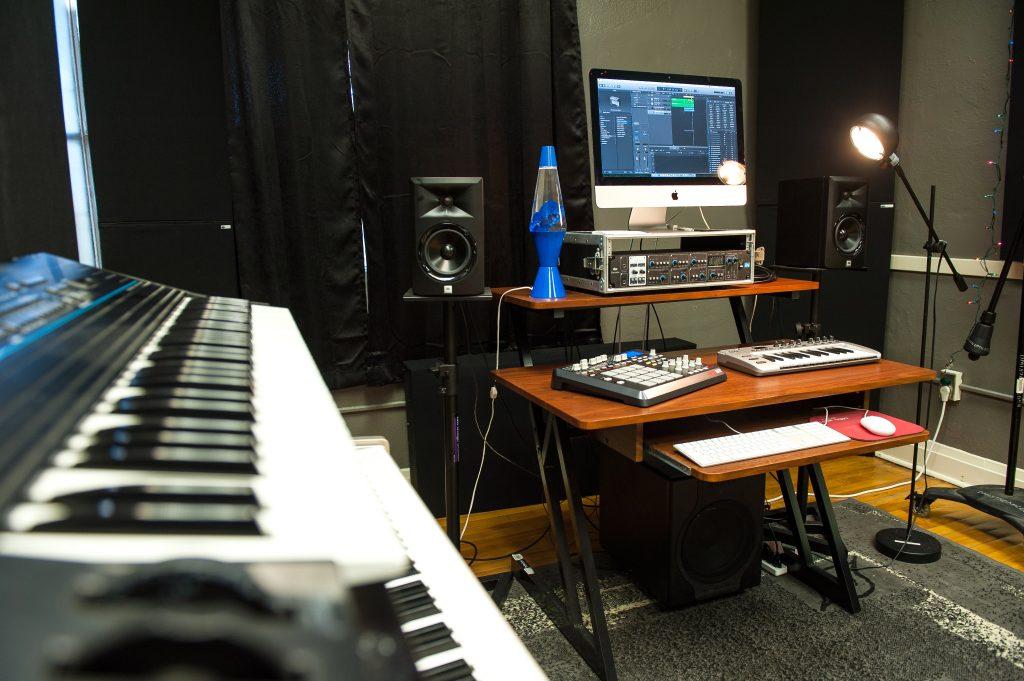 2016 Sandbox and Studio C-8