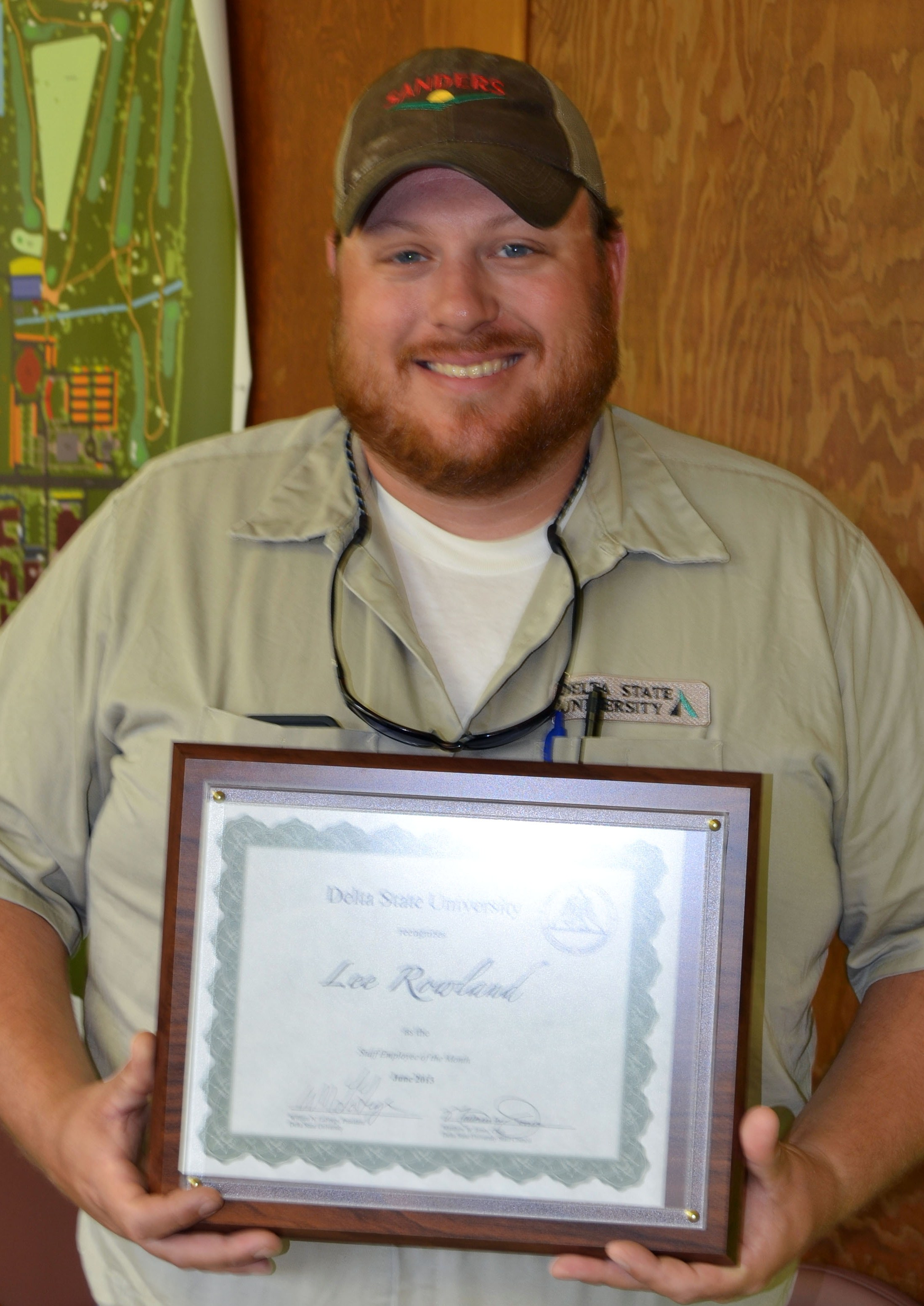 Rowland receives recognition for exceptional service to Delta State.