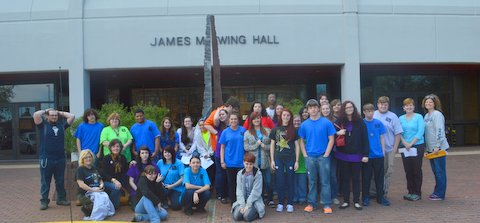 Art students from Pearl High School visited campus with the Delta Center.