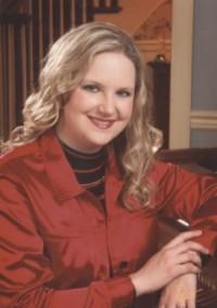 Pianist Dr. Ellen Elder will perform a guest piano duo recital April 8 at 7:30 p.m. in the Recital Hall of the Bologna Performing Arts Center.