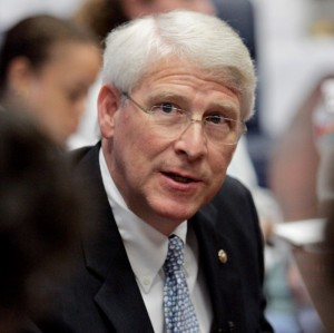 U.S. Sen. Roger Wicker will present at the Delta State University Colloquia: Distinguished Speakers Lecture Series March 22 at 6 p.m. in the auditorium of E.R. Jobe Hall.