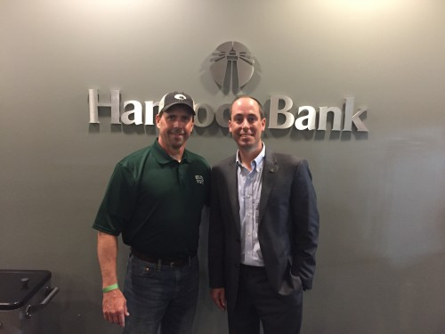 Keith Williams '86 (left), president of Hancock Bank – Gulfport, and Jeffrey Farris '04/'05, director of Alumni Affairs.